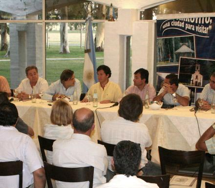 reunionarroyito1