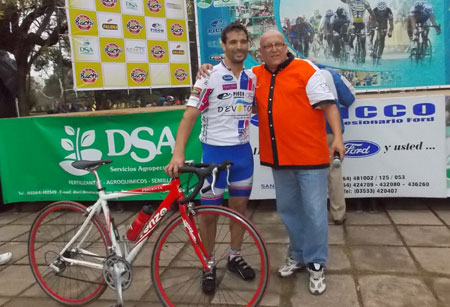 ciclistaslocalesardisonoypelado