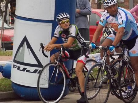 ciclistaslocalesbolitaporlargar