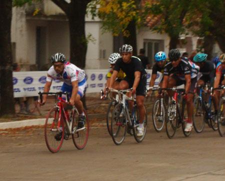 ciclistaslocalesencarrera