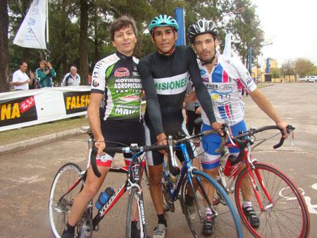 ciclistaslocalesposando